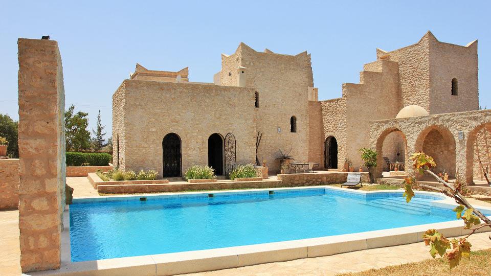 Villa borjess villa louer essaouira en dehors d for Les jardins de villa maroc essaouira