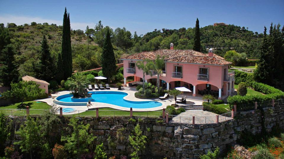 villa san bernardo villa louer andalousie marbella villanovo. Black Bedroom Furniture Sets. Home Design Ideas