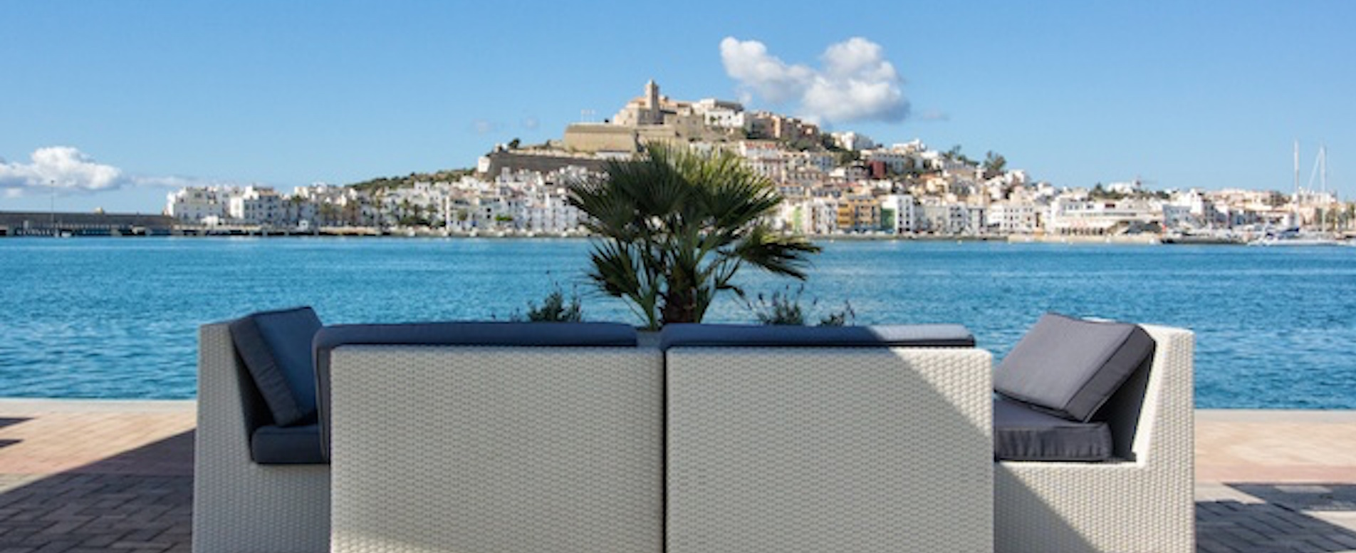 Lunch or dine in style - Ibiza