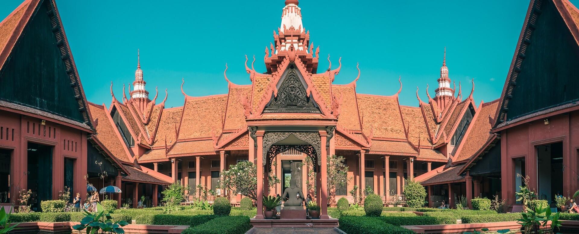 Visiting monuments - Cambodia