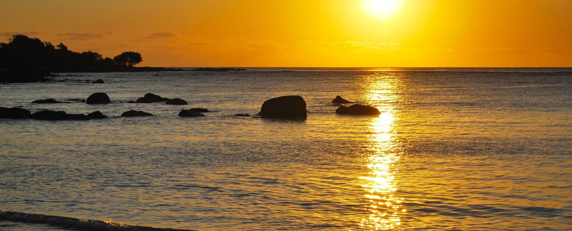 Balade à cheval au soleil couchant - Île Maurice