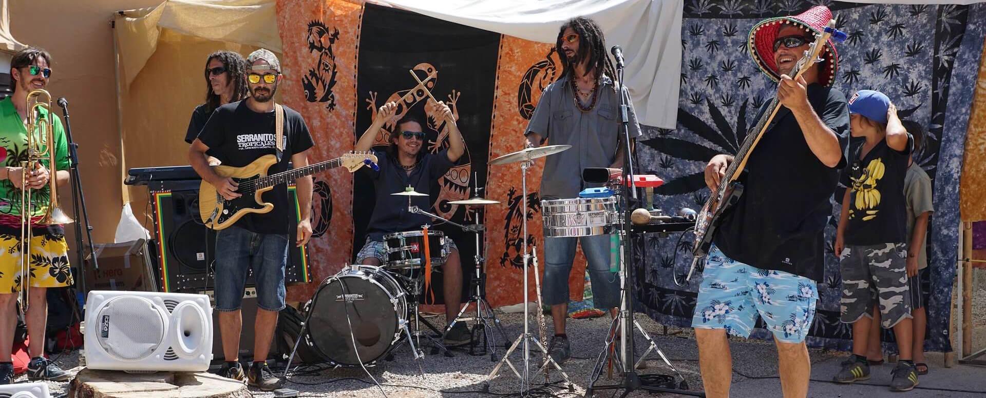 2 - Stroll through the hippie market stalls - Ibiza