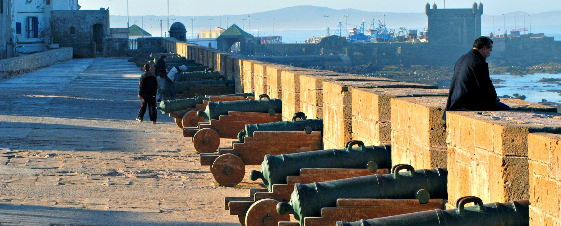 8. Revivez l'histoire des ramparts - Essaouira