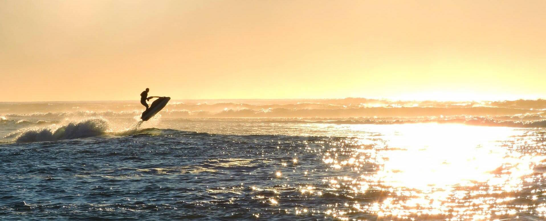 Travel the sea by jet ski - Algarve