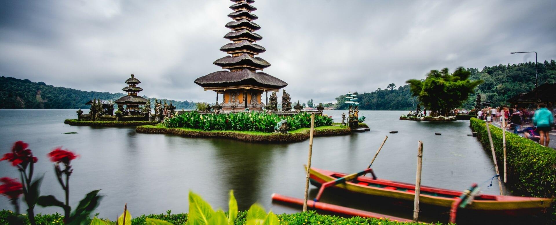 Cap vers une île chargée d'histoire - Bali
