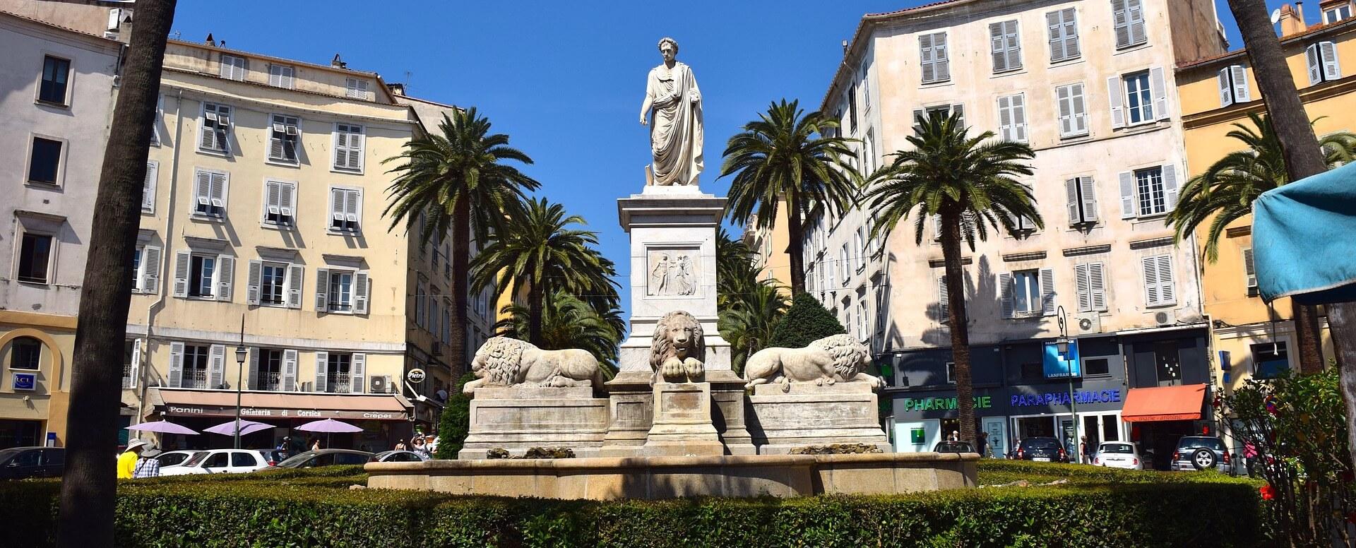 10. Admirer le musée de la maison Bonaparte à Ajaccio - Corse
