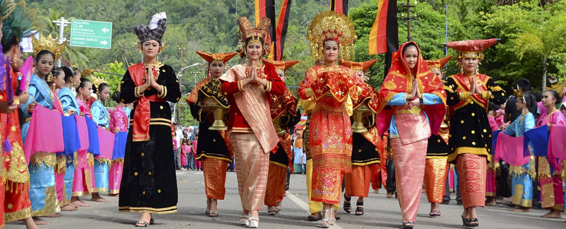 Culture and Tradition in Indonesia  Villanovo