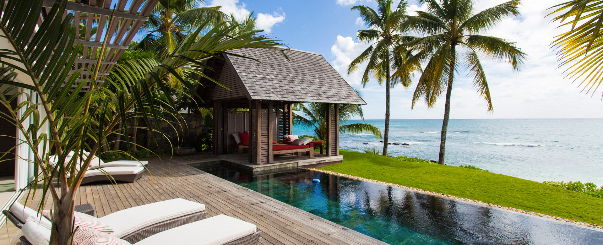 9cb62f75383 Luxury villas in Mauritius with swimming pool and direct beach access