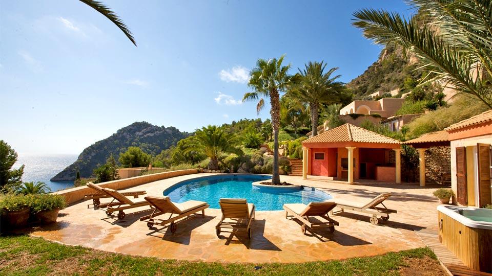 Alquiler casa en ibiza alquiler casa de lujo ibiza for Alquiler casas con piscina