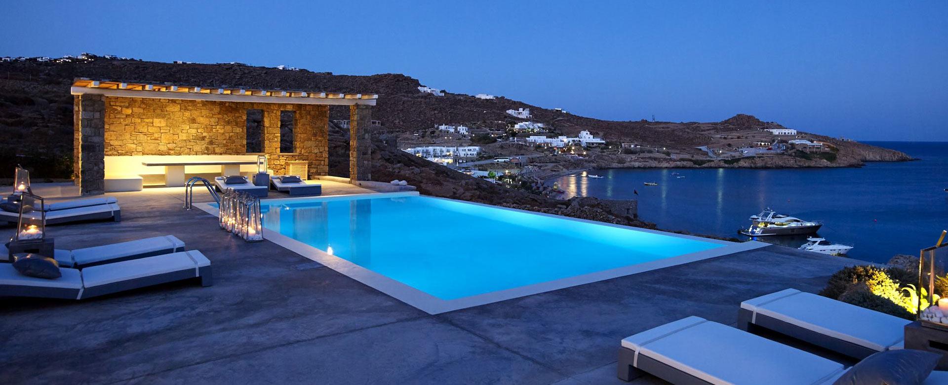 Affitto villa mykonos affitto villa vacanza mykonos for Ville con piscina immagini