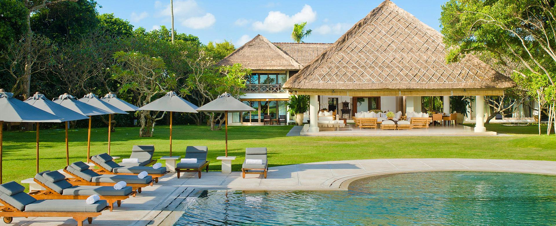 ihre villa auf bali mieten sie eine luxusvilla auf bali villanovo. Black Bedroom Furniture Sets. Home Design Ideas