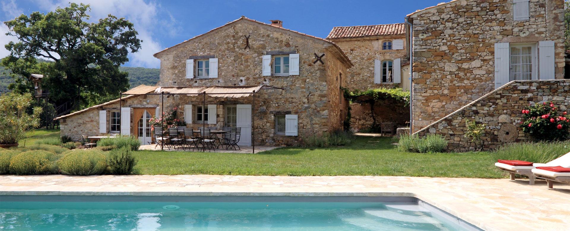 Location de villa de luxe dans le luberon villanovo - Location maison avec piscine luberon ...