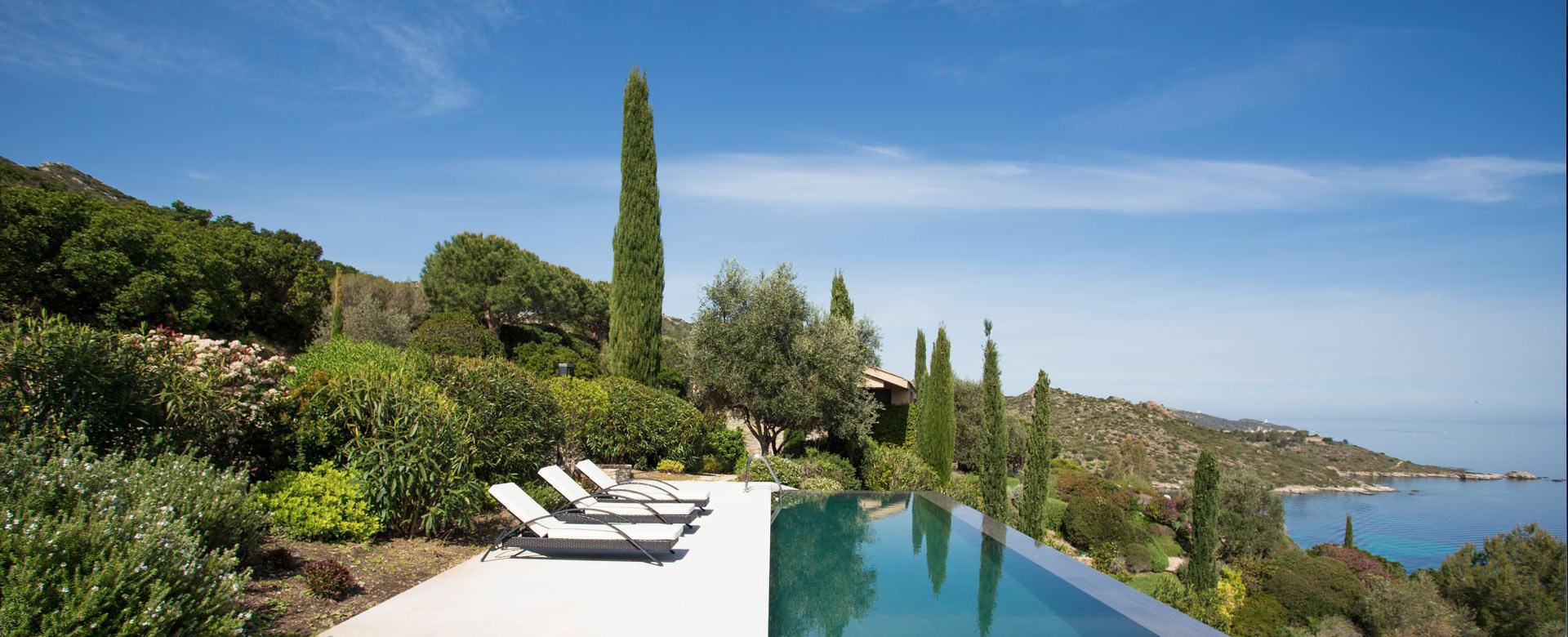 Location de villa de luxe en corse villanovo for Location villa