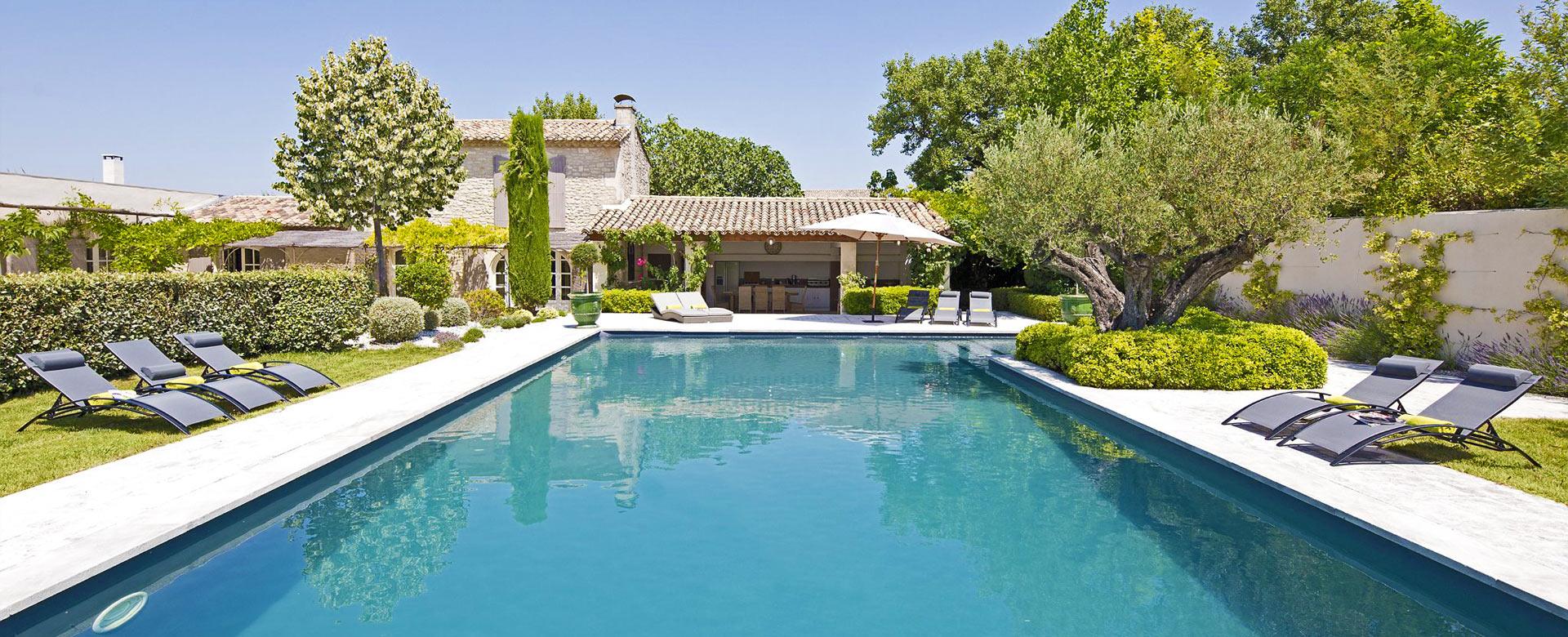 Location de villa de luxe en provence for Location maison de vacances de luxe