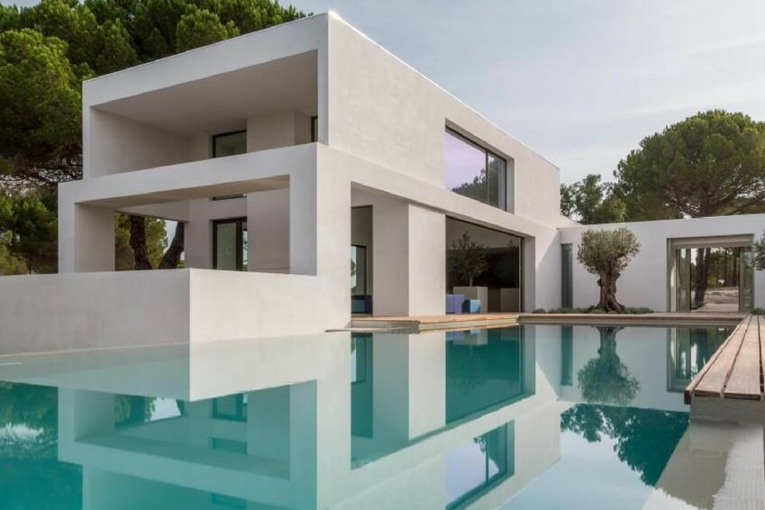 Villa as Oliveiras, a luxurious residence built on the sand dunes