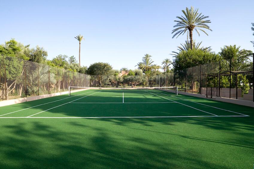4. Court de tennis