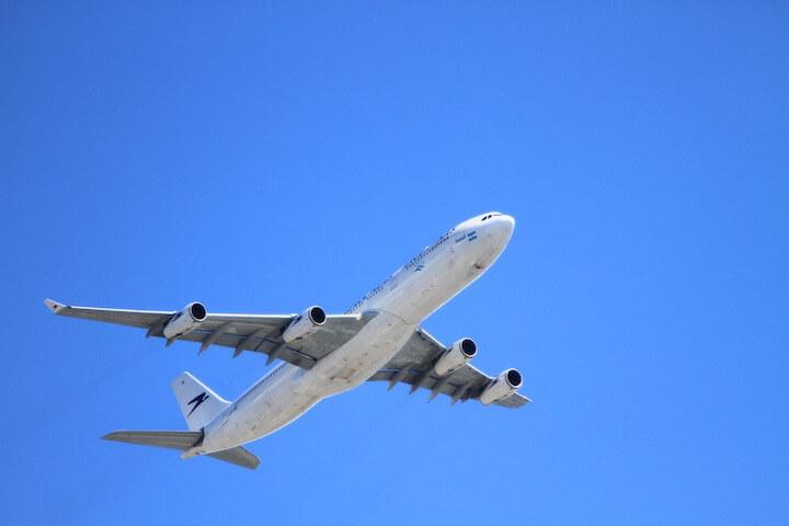 8. S'occuper de la réservation des vols