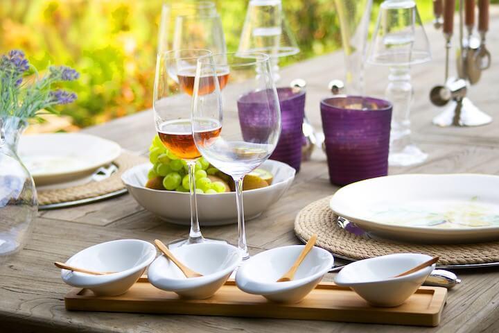 5. Planifiez la nourriture et la boisson - comment allez-vous festoyer ?