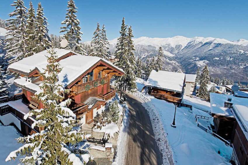 Enjoy skiing in the Alps for your next holiday!
