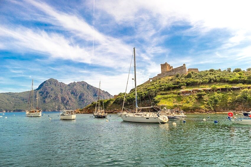 The Corsican cities: authentic scenes of the French island