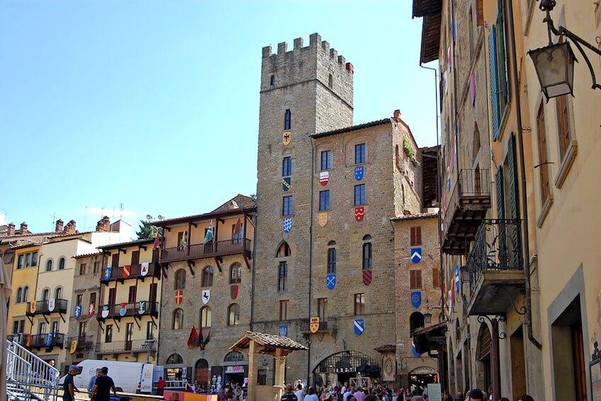 3) Arezzo