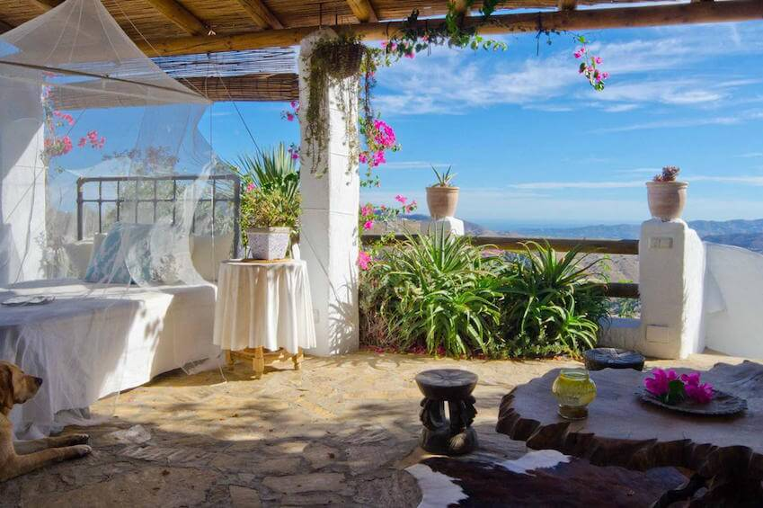 4) Rent an eco-friendly villa