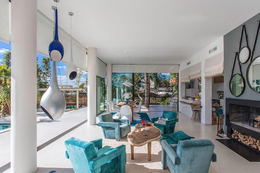 3 - Discover new villas in exclusivity