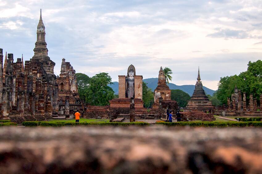 2- Admire the splendid royal city of Sukhothai