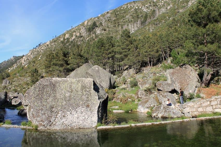 Plage de la rivière Loriga, centre du Portugal