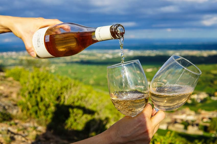 4- For lovers of good wine: Samos