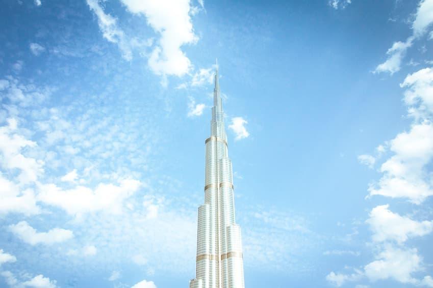1- Émerveillez-vous devant le Burj Khalifa