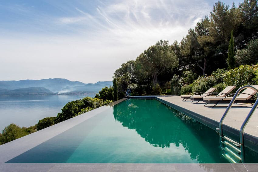Our latest villas available in Corsica this summer