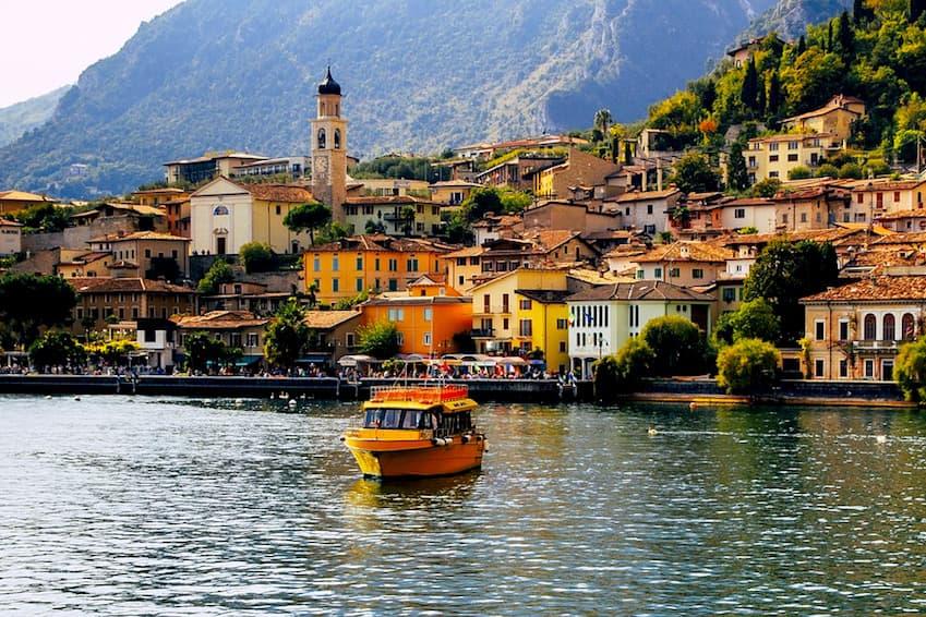 7- The Italian Lakes, Italy