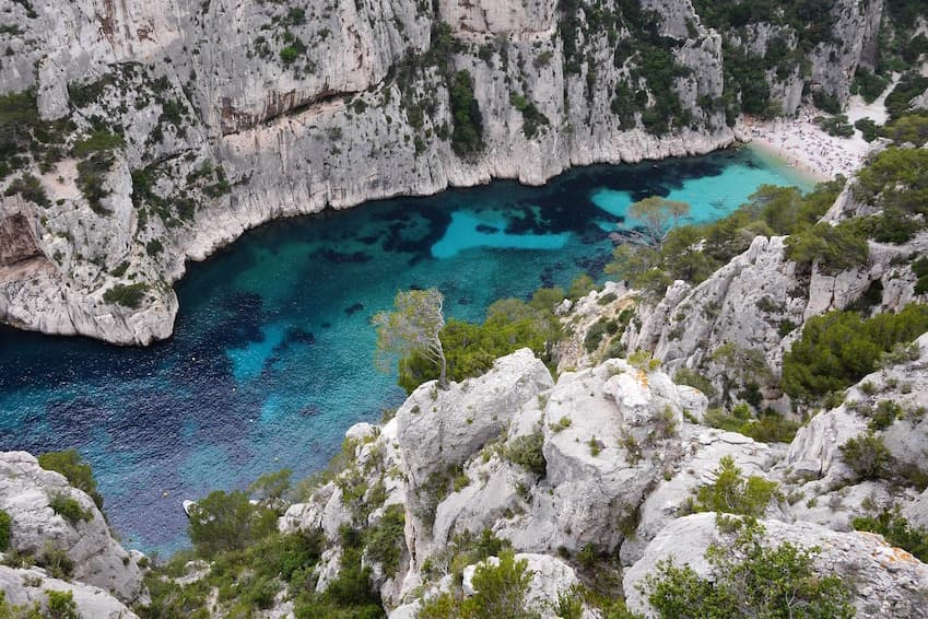 Admire the Calanques between Marseille and Cassis