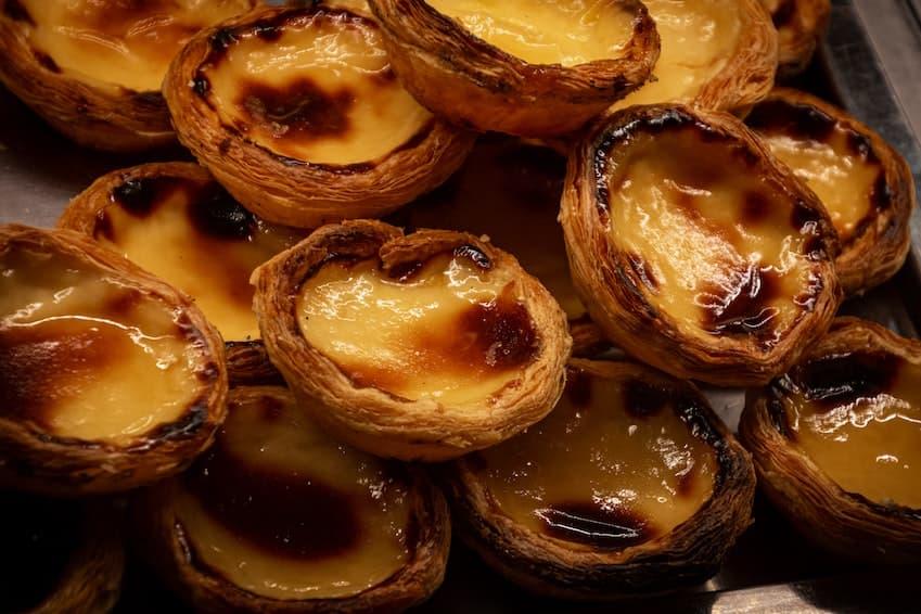 Enjoy a pastéis de nata in Belém