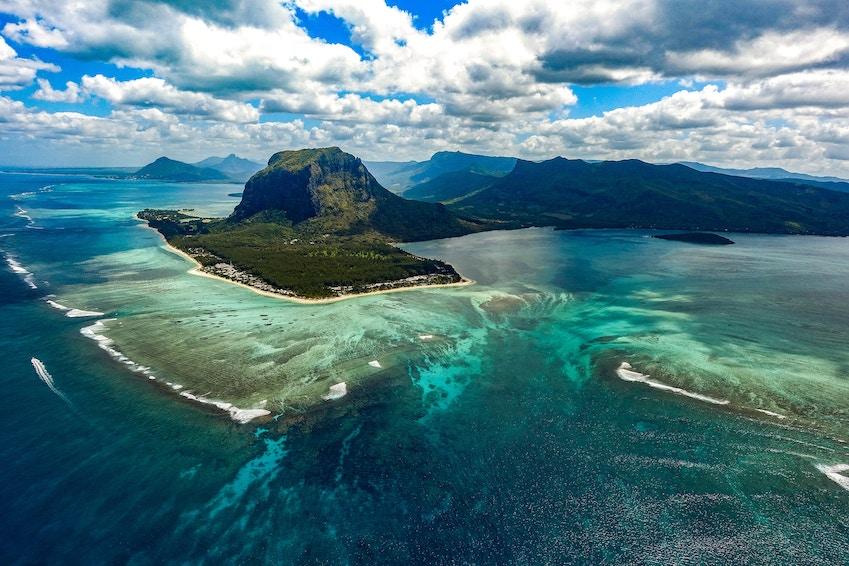 The Mauritius kitesurfing season