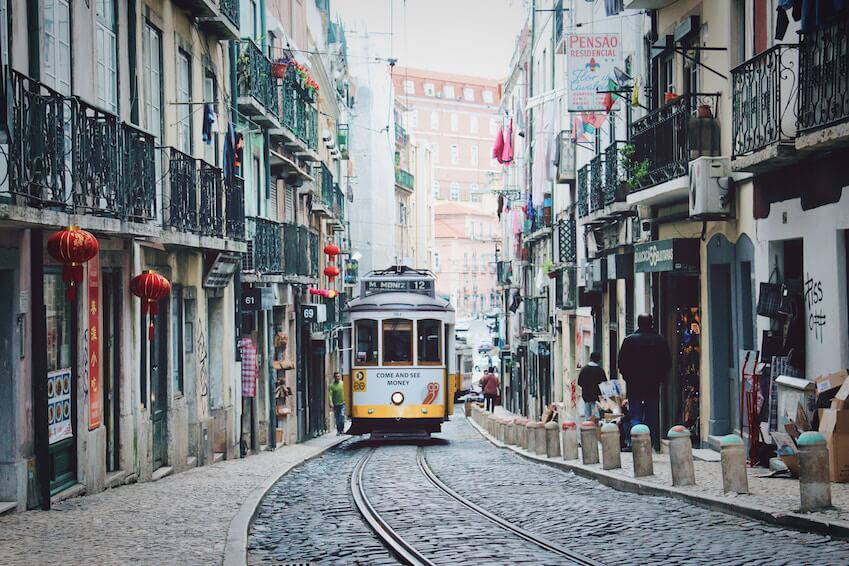 Lose yourself in the narrow streets of old neighbourhoods
