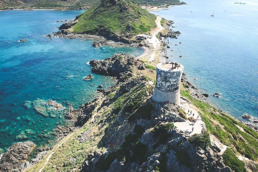 La convergence de la nature et du luxe en Corse
