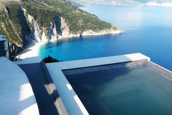 Discovering the beautiful Greek islands