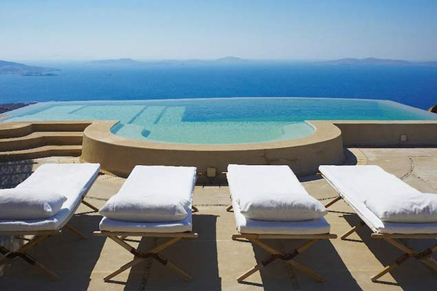 Villa rentals in Mykonos West