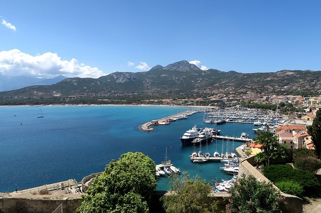 Location de villas à Calvi