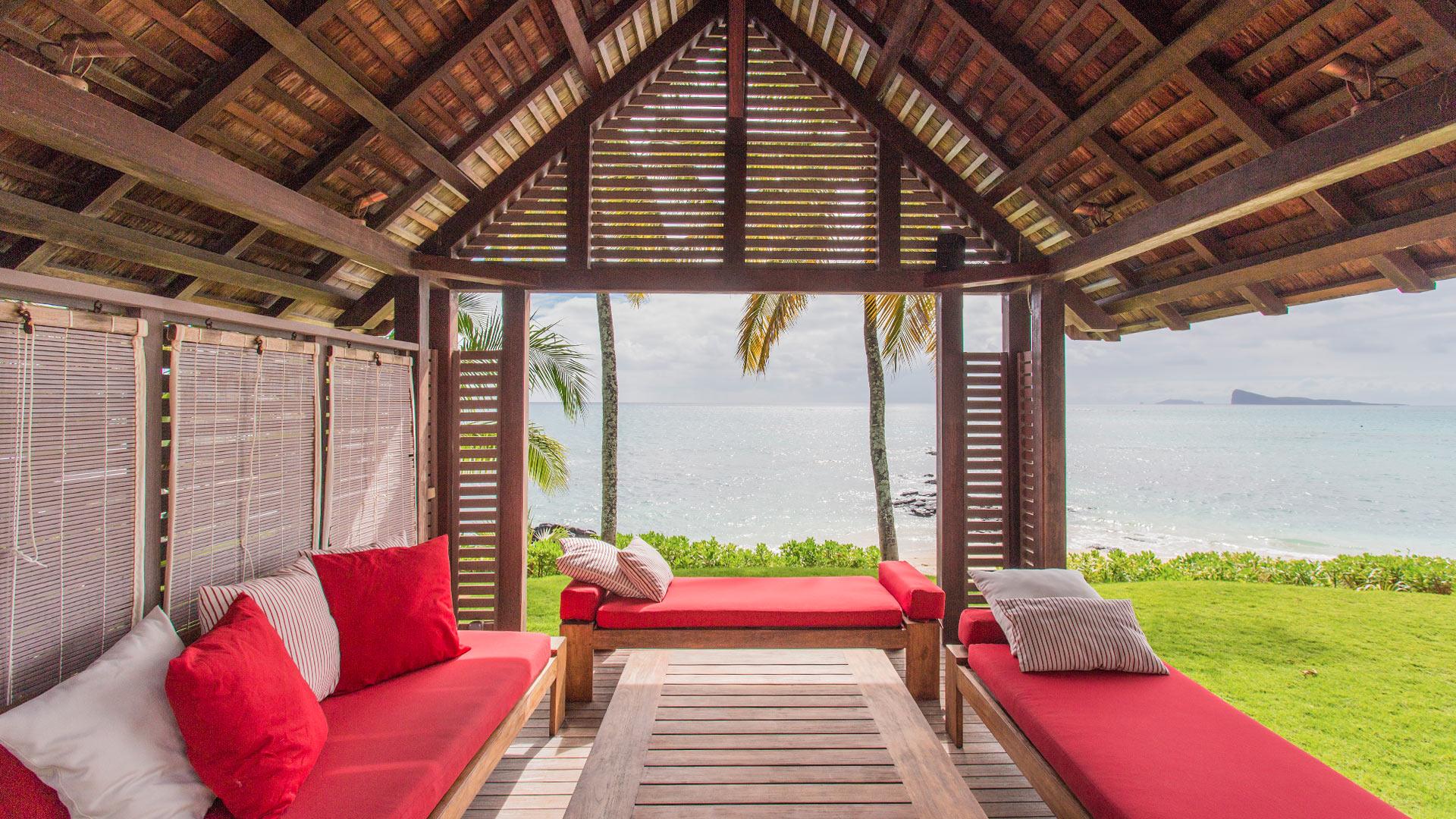 villa karma villa mieten in mauritius norden pointe aux canonniers villanovo. Black Bedroom Furniture Sets. Home Design Ideas