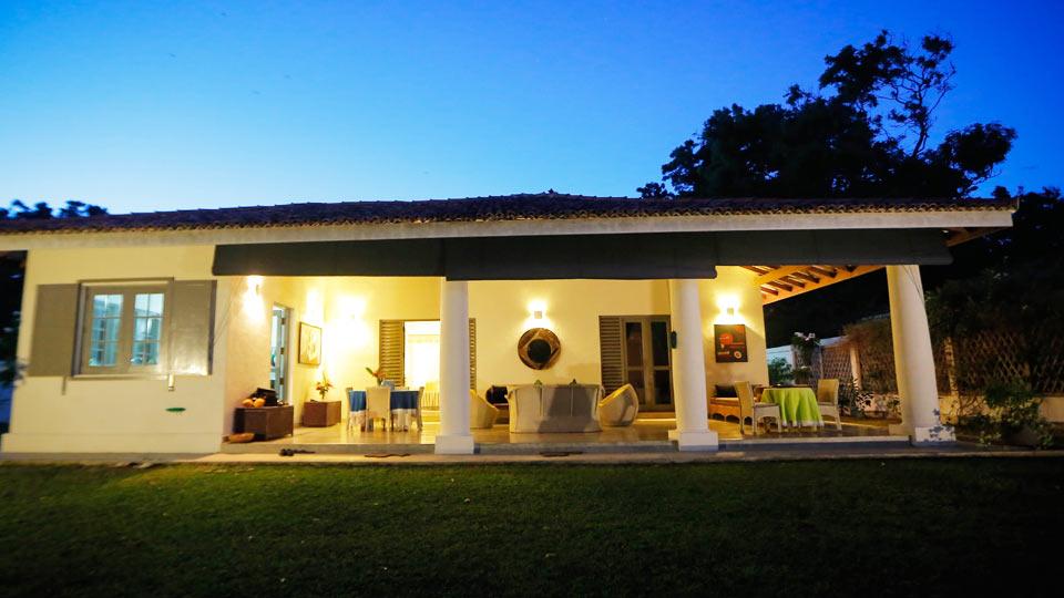 Villa Villa Mahalla, Location à Tangalle