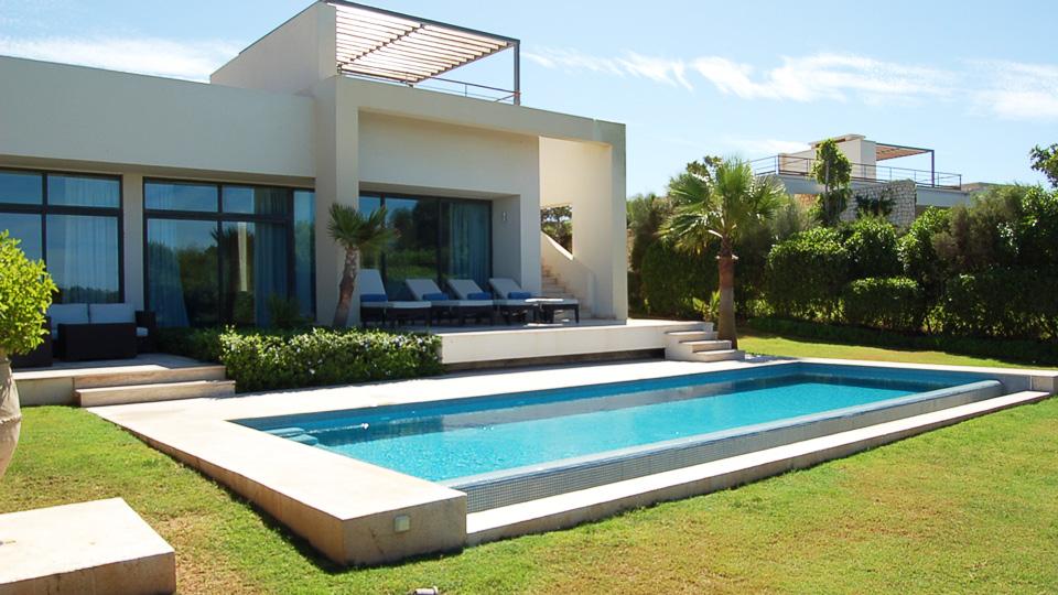 Villa agadir villa louer essaouira mogador golf for Location villa avec piscine agadir