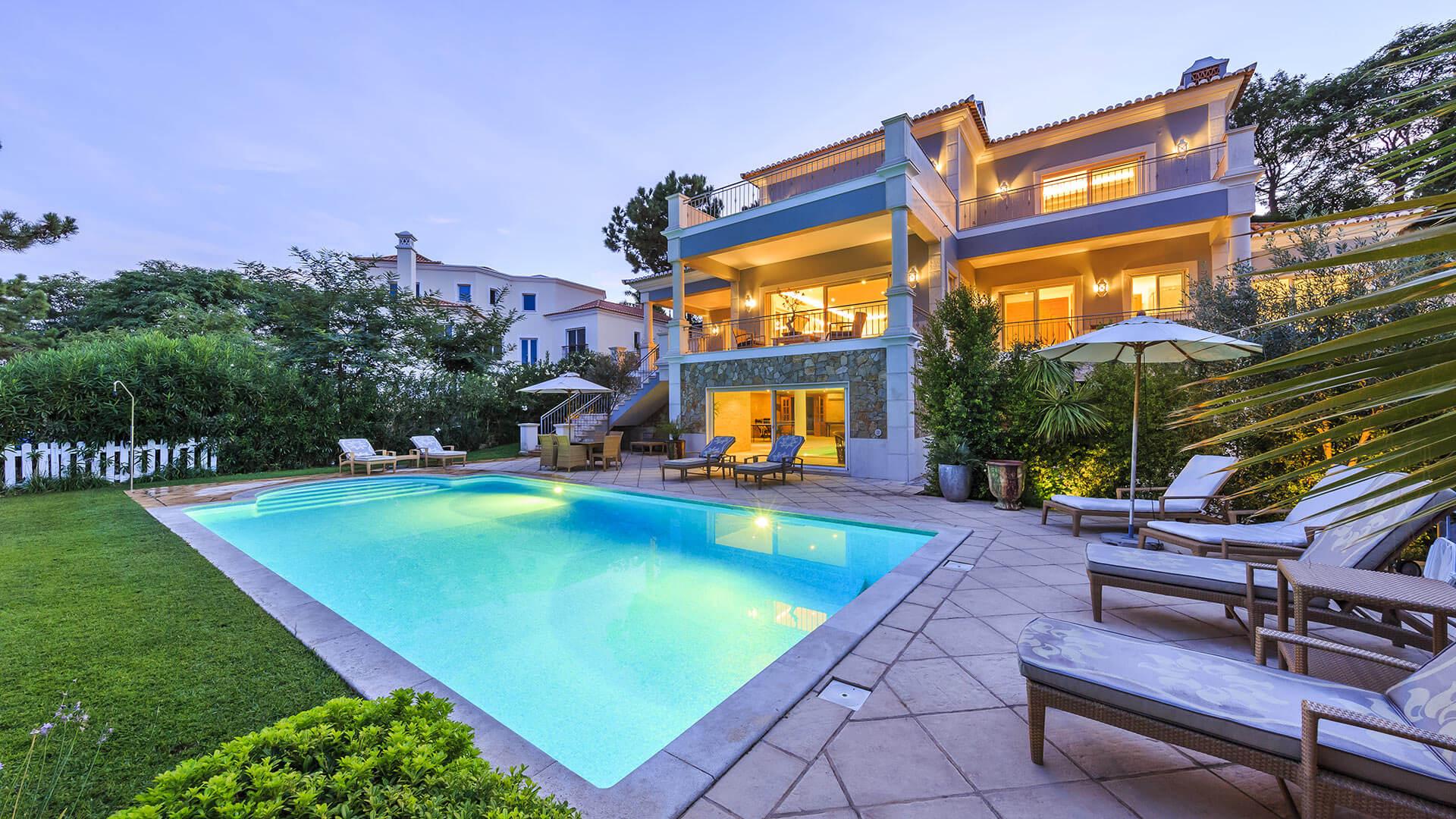 Night View Of The House Villa Cyclamen In Algarve