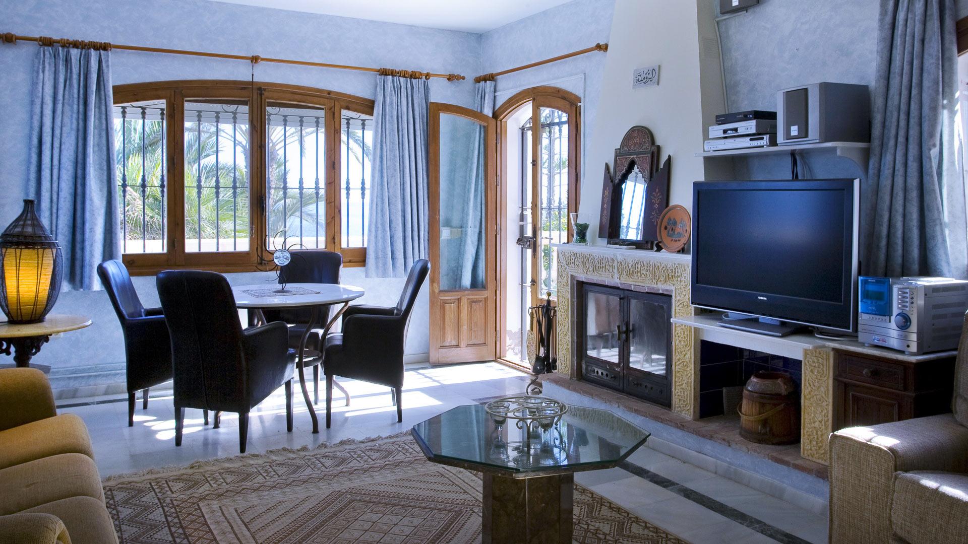 photos de la villa villa adriel andalousie villanovo. Black Bedroom Furniture Sets. Home Design Ideas