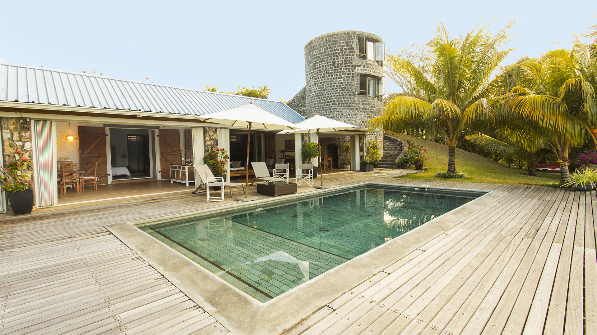 villa anse fauverelle villa in affitto a mauritius sud est 2 villanovo. Black Bedroom Furniture Sets. Home Design Ideas