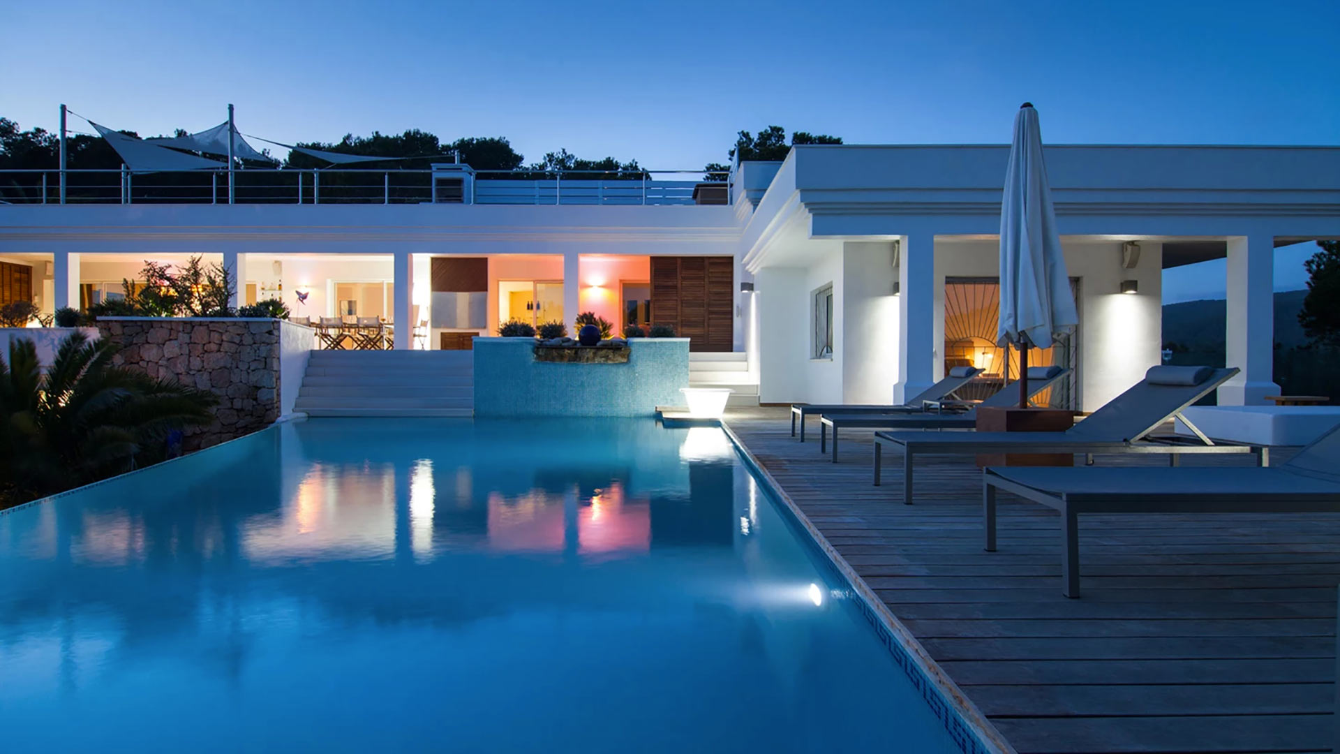 Villa Tropicana, Location à Ibiza