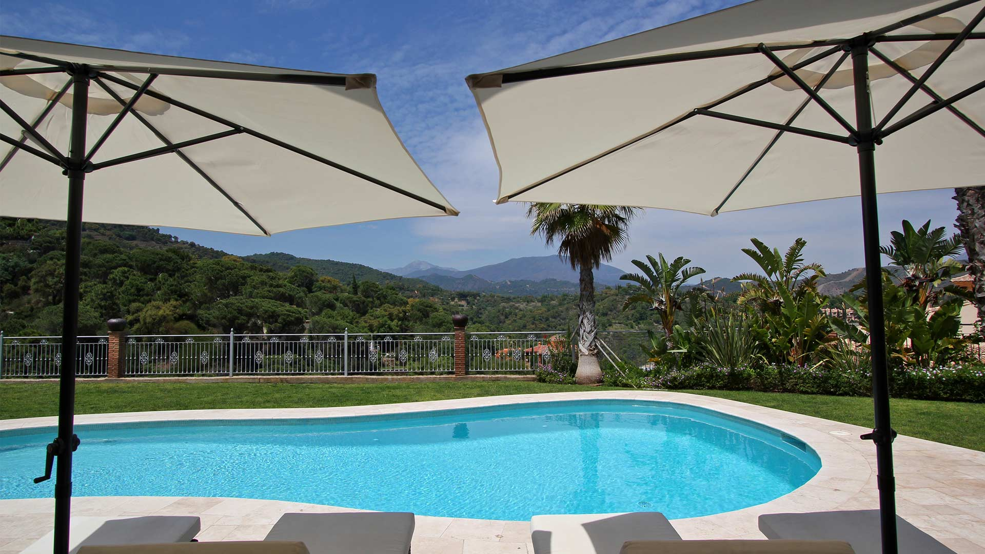 Villa Villa San Pietro, Rental in Andalusia