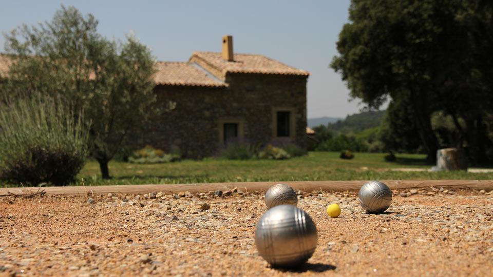 la demeure de sonia villa rental in provence uz s. Black Bedroom Furniture Sets. Home Design Ideas